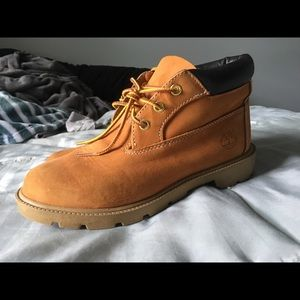 Mid-Rise Women's Timberland Boots